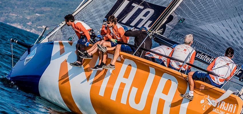 04d0717abe Itajaí Sailing Team intensifica treinos para a 50ª Regata Volta à Ilha de  Santa Catarina